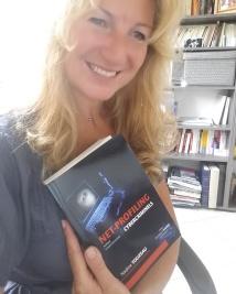 """Son livre """"Net-profiling : analyse comportementale des cybercriminels"""" profiler, chercheur en comportement des cybercriminels"""